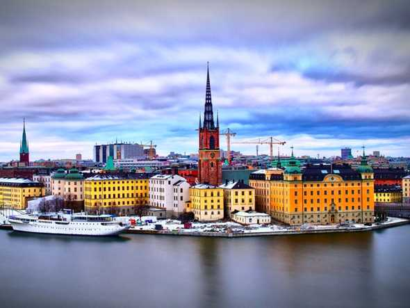 13. Sweden —The Scandinavian country regularly makes the list for quality of life rankings and in particular ones that demonstrate excellence in affordable and efficient healthcare as well as enviable local surroundings that make expats feel healthy.